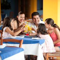 Restaurant.com Offers Special Deal for Mother's Day Dining