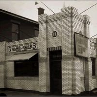 White Castle: The History of Hamburger Restaurant Chains