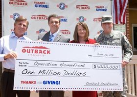 Outback Steakhouse Presents $1 Million Donation in Support of U.S. Troops Through Operation Homefront