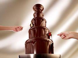 Golden Corral Restaurants Add Chocolate Wonderfall