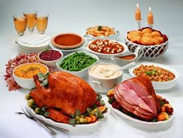 Boston Market Serves Up Traditional, Holiday Meal Solutions
