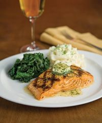 Stoney River Expands Menu to Entice Fish and Seafood Lovers
