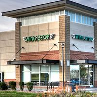 Former California Resident & Marketing Manager to Open Three Wingstop Locations in Virginia