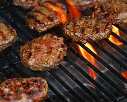 Five Food Safety Tips for Summer Grilling from the National Restaurant Association