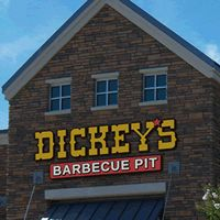 Dickey's Barbecue Franchise Inks New Location in Kenosha