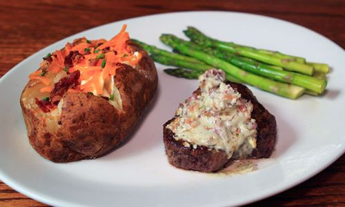 Bugaboo Creek Steak House Features Special Thanksgiving Menu
