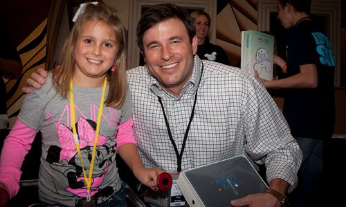 Raising Cane's Todd Graves Surprises Kidd's Kids with Free iPads
