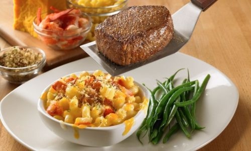 Outback Steakhouse's Perfect Pair: Award-winning Steak With New Lobster Mac
